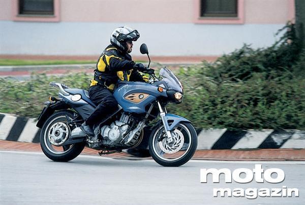 Bmw F 650 Cs Scarver Testi Moto Magazin
