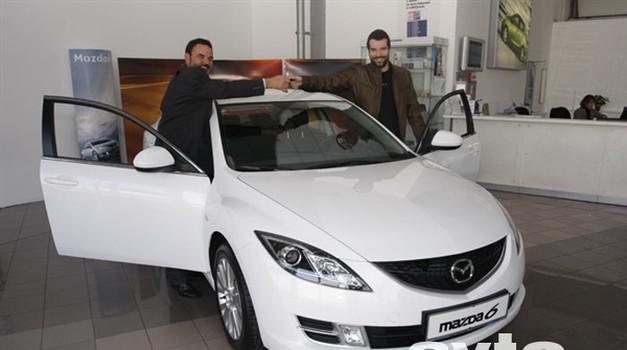 Nova Mazda6 in Peter Mankoč