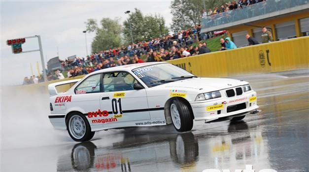 Video: Utrinki iz avstrijskega drift prvenstva 2008