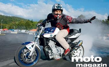 F800 Stunt