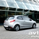 Naprodaj Mazda2 s tremi vrati