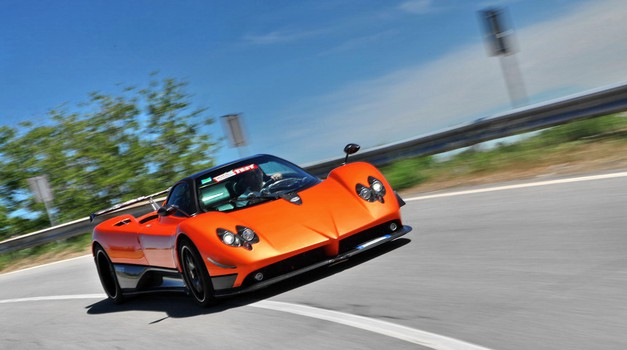 Video: Pagani Zonda F Clubsport