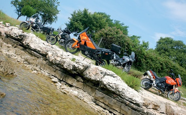 BMW R 1200 GS, Honda XL 1000 VA Varadero,  Moto Guzzi Stelvio NTX, KTM Adventure 990, Triumph Tiger 1050