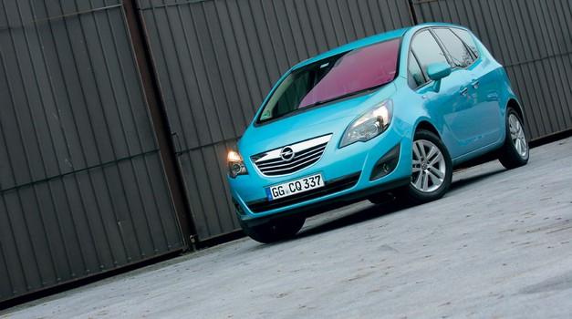 Kratek test: Opel Meriva 1.7 CDTI (74 in 96 kW) Cosmo (foto: Aleš Pavletič)