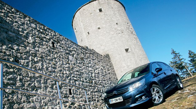 Test: Citroën C4 HDi 150 Exclusive (foto: Aleš Pavletič)