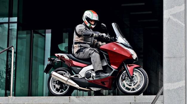 Vozili smo: Honda NC 700 D Integra - skuter ali motocikel? (foto: Aleš Pavletič)