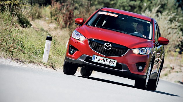 Kratki test: Mazda CX-5 2.0i AWD Attraction (foto: Aleš Pavletič)