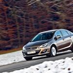 Kratki test: Opel Astra Sedan 1.7 CDTI (96 kW) Cosmo (4 vrata) (foto: Saša Kapetanovič)
