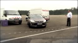 Ford predstavil sistem samodejnega parkiranja brez voznika