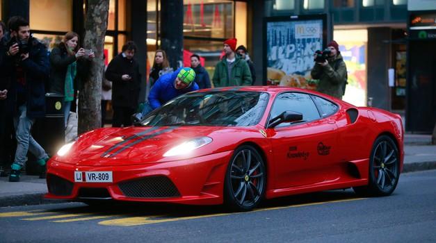 Super avtomobili navdušili Ljubljano (foto: Anže Malovrh)