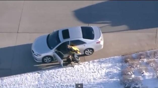 Filmski beg pred policijo (foto: NBC News)