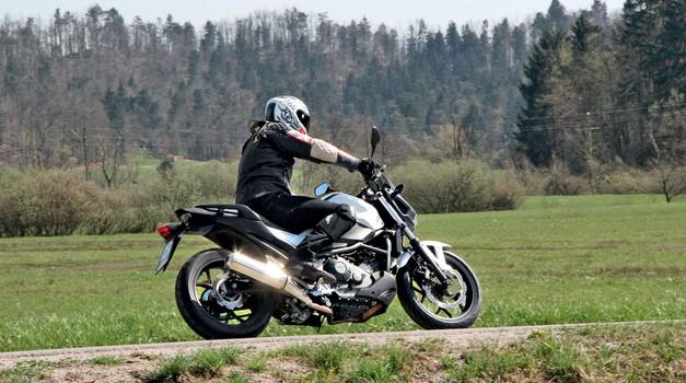 Test Honda Nc 750 Sa Abs Testi Moto Magazin