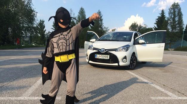 Tudi Batman bi vozil hibridno Toyoto (foto: Iztok Kovačič)