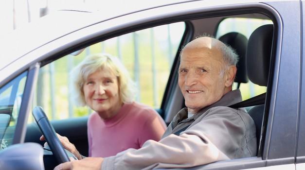 Aktualno: Starostniki za volanom; Starost ni kriva! (foto: Shutterstock)