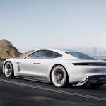 Porsche Mission E - v 15 minutah napolnjen za 400 kilometrov vožnje (foto: Porsche)