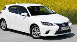 Kratki test: Lexus CT 200h Finesse
