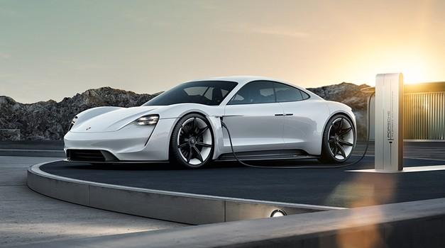 Porsche potrdil električno limuzino (foto: Porsche)