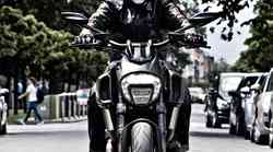 Test: Ducati Diavel Dark