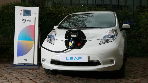Nissanova evropska pisarna kot velik električni avtomobil (foto: Nissan)