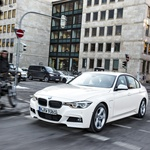 BMW 330e in 225xe Active Tourer (foto: BMW)