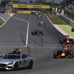 Formula 1: Španija 2016: Najstniški rekord v formuli 1, Mercedesa pa z dolgima nosovoma (foto: Pirelli)