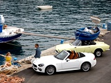 classic-fiat-124-spider-and-new-fiat-124-spider_11_1fZYOLN