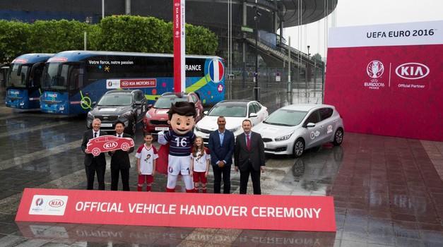 Kia z avtomobili podpira EURO 2016 (foto: Kia)