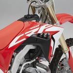 Honda CRF 450 R 2017 - motokros za novo generacijo
