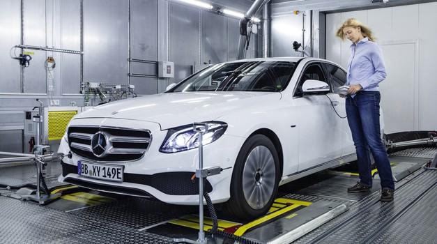 Tri milijone za Mercedesovo motorno reformo. Dobra novica: V8 ostaja.