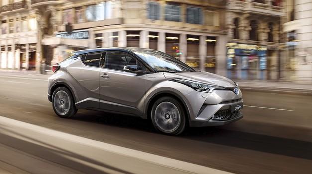 Toyota beleži uspešno prodajo hibridnih modelov (foto: Toyota)