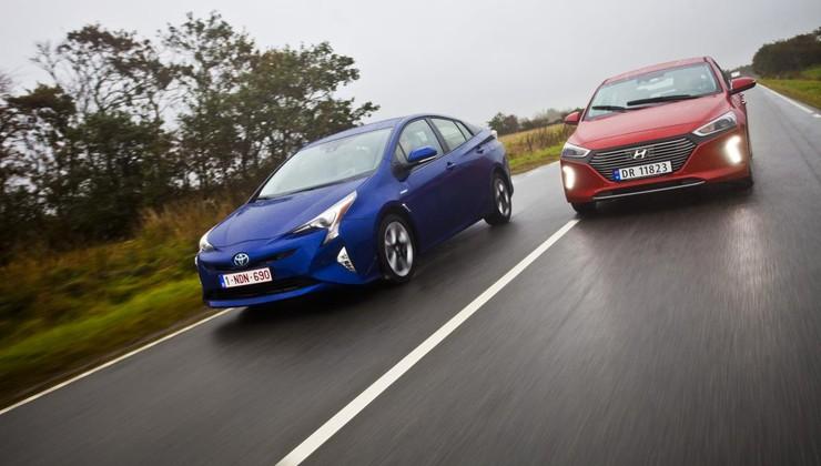 Nič več sam: Toyota Prius in Hyundai Ioniq Hybrid