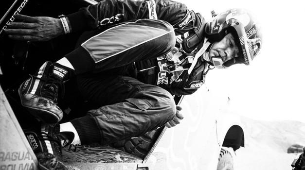 Dakar 2017: od 4. etape brez treh favoritov. Odstopili Price, Al-Attiyah in Sainz!