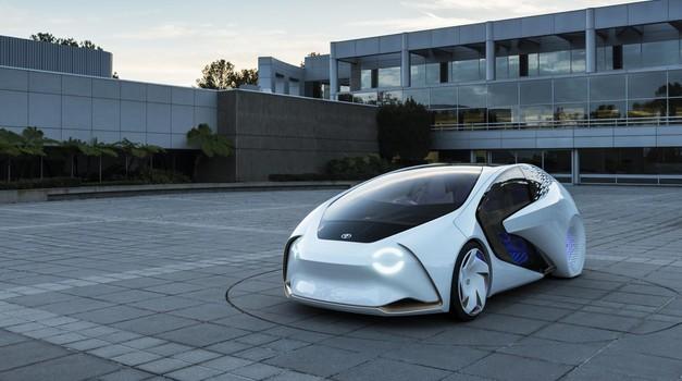 Toyota je z inteligentnim konceptom prikazala prihodnost komunikacije med voznikom in avtomobilom