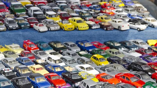 Kakšne barve avtomobil naj kupim – svetovni trendi avtomobilskih barv in kaj barve pomenijo (foto: Profimedia)