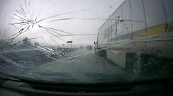 Masivna toča v Koloradu je iz perspektive voznika videti - in slišati - kot prometna grozljivka