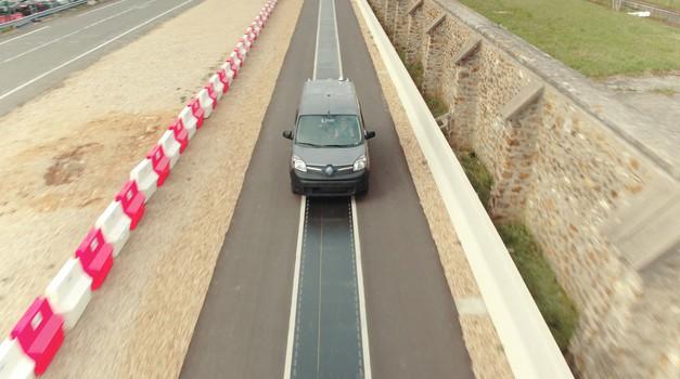 Preizkusna cesta: Renault Kangoo Z.E. se bo polnil kar med vožnjo