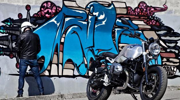 Test: BMW R NineT Pure je osnova za vašo domišljijo