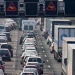 Spremembe v prometni zakonodaji: dražji izpiti, snemanje tehničnih pregledov, kazni za vrtenje števcev ...