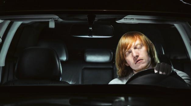 Zaspanost za volanom: nevarnost, ki se je premalo zavedamo (foto: Avto magazin)