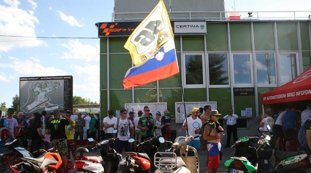 MotoGP, VN Češke: muhasto vreme, nenavaden Ducati, morje slovenskih navijačev