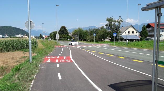 Pravilnik o kolesarskih povezavah želi urediti poti in privabiti več kolesarjev - tudi na ceste (foto: Jure Šujica)
