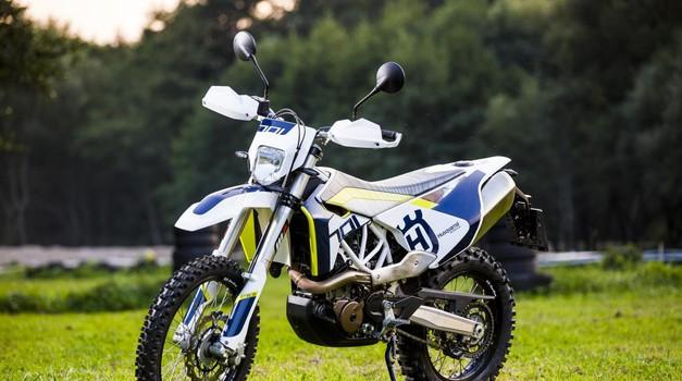 Velik enduro motocikel za velike avanture in vsakodnevno uporabo. (foto: Martin Matula)