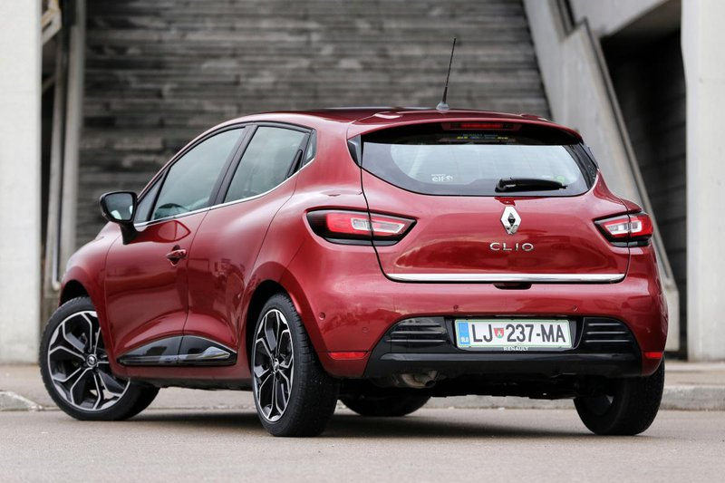 kratki test renault clio intens energy dci 110 testi avto magazin. Black Bedroom Furniture Sets. Home Design Ideas