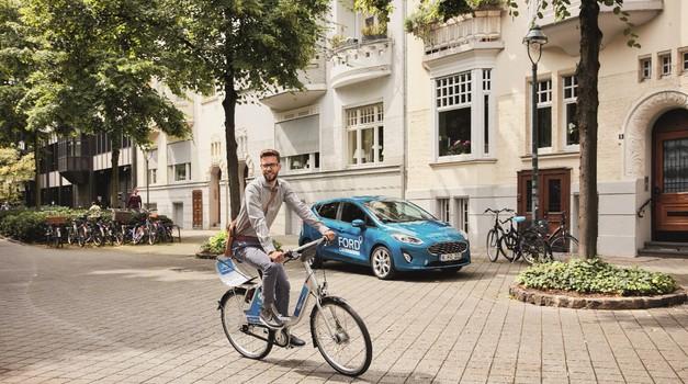 Frankfurt: Ford in Deutsche Bahn v skupen projekt souporabe koles z aplikacijo FordPass (foto: Ford Europe)