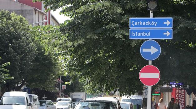 Zakaj pa ne: koliko nas stane, če se na finale EP v Carigrad odpravimo z avtomobilom? (foto: Matevž Hribar)
