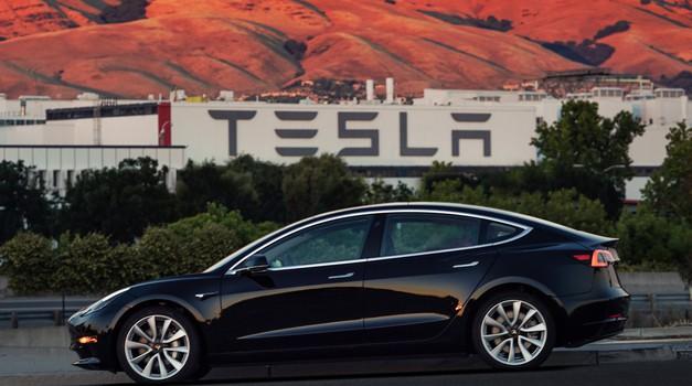 Tesla s težavami pri izdelavi Modela 3 (foto: Tesla)