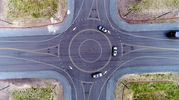 Podjetje Uber je ustvarilo umetno mesto za testiranje avtonomnih vozil (foto: Uber)