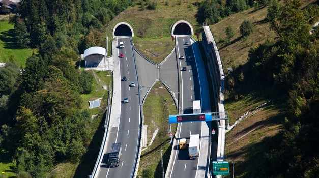 Znane so nove lokacije sekcijskega merjenja hitrosti na slovenskih avtocestah (foto: DARS)