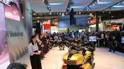BMW 2018: Dva nova predstavnika družine F, maksi skuter C400X in potovalno naravnan K1600 Grand America