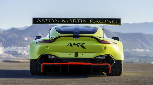Aston Martin je pripravil dokumentarec o rojstvu bodočega šampiona (foto: AMR)